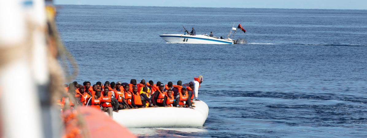 La France va accueillir une partie des 194 migrants secourus par deux navires humanitaires en Méditerranée