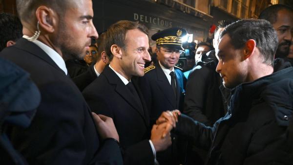 Incendie de l'usine Lubrizol : la visite surprise d'Emmanuel Macron à Rouen