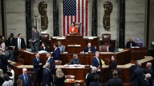 Etats-Unis: l'enquête en destitution de Donald Trump approuvée par la Chambre des représentants