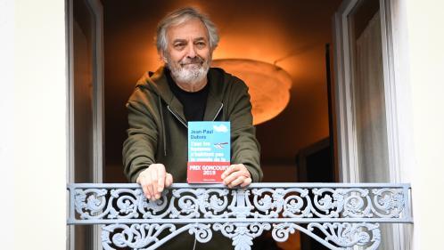 """VIDEO. """"C'est comme le jour de Noël : c'est agréable, mais le lendemain rien n'a changé"""" : Jean-Paul Dubois évoque son prix Goncourt sur France 2"""