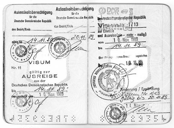 Le visa qu\'a dû racheter Bénédicte de Peretti, la nuit du 10 novembre 1989.