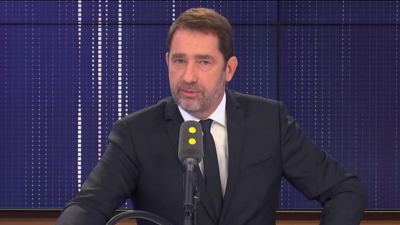 """Attestation numérique de déplacement : """"Aucune donnée saisie"""" n'est conservée, affirme Christophe Castaner"""