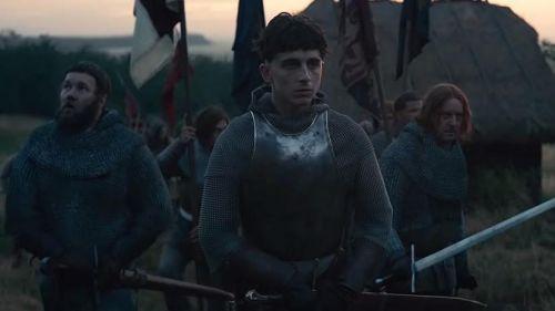 """Azincourt : comment le film """"Le Roi"""" (Netflix) piétine allègrement la réalité historique"""
