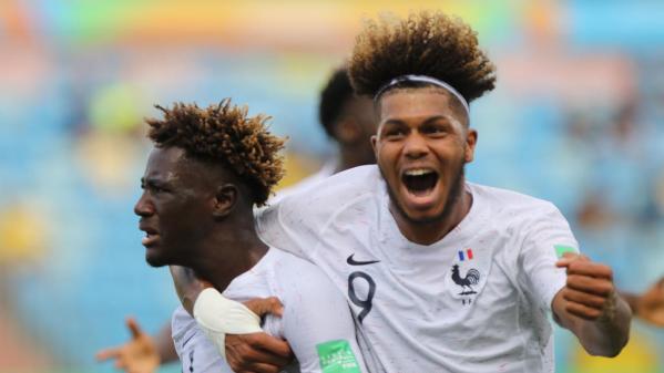 Foot : l'équipe de France qualifiée pour les demi-finales du Mondial des moins de 17 ans après avoir surclassé l'Espagne (6-1)