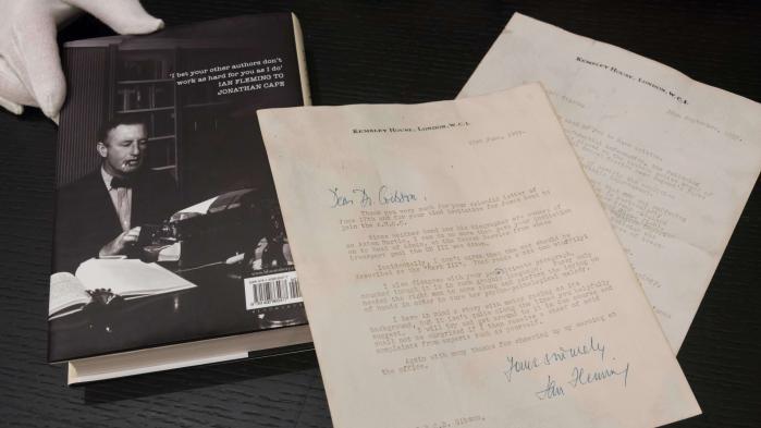 Des lettres d'amour torrides de Ian Fleming, l'auteur de James Bond, mises aux enchères