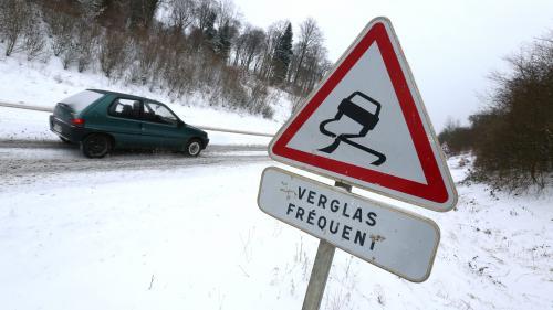 Météo : les départements de l'Ain, de la Drôme et de l'Isère placés en vigilance orange neige et verglas