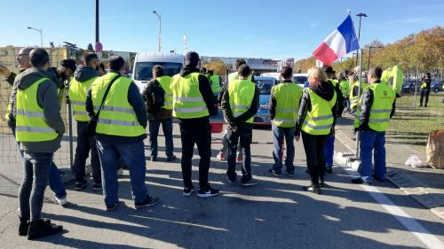 """69% des Français jugent le mouvement des""""gilets jaunes"""" justifié et 58% estiment qu'il leur a profité, selon un sondage"""