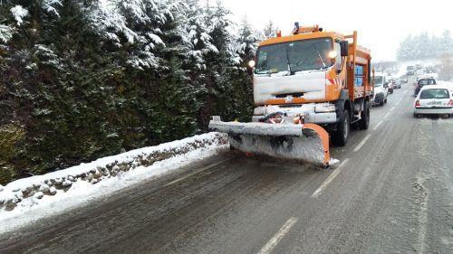 Ardèche : l'épisode neigeux provoque des coupures d'électricité et l'évacuation d'une galerie commerciale