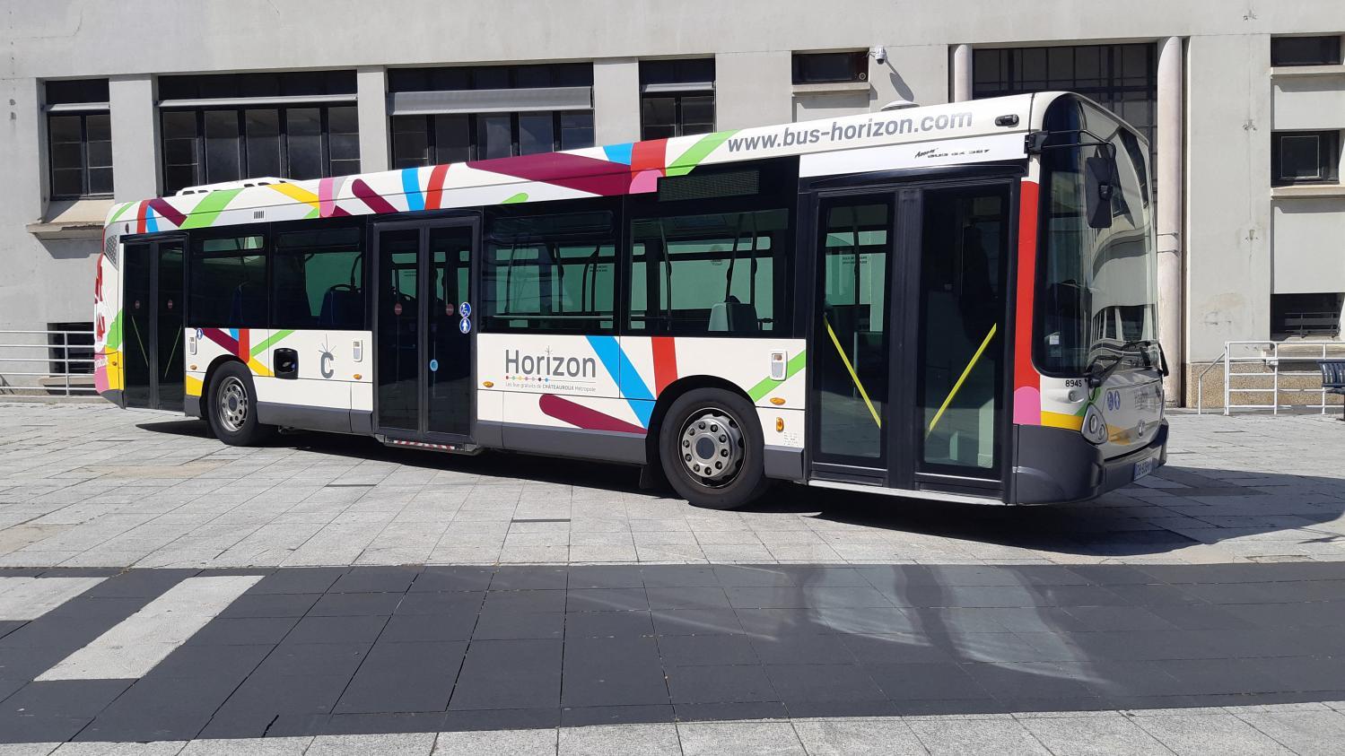 Le billet vert. La gratuité des transports en commun en réflexion - Franceinfo