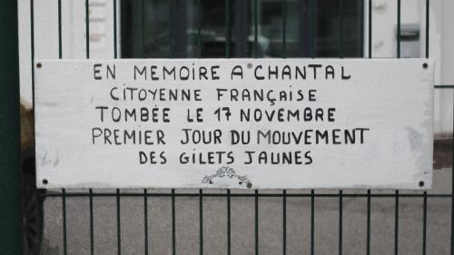 """""""Elle en avait assez de voir ses enfants galérer"""" : sur les pas de Chantal Mazet, morte le premier jour du mouvement des """"gilets jaunes"""""""
