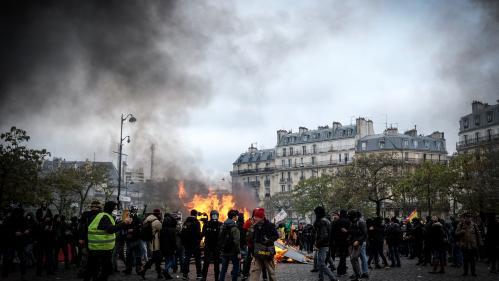 """DIRECT. """"Gilets jaunes"""" : 155 personnes placées en garde-à-vue après les heurts de samedi, nouvelles manifestations attendues ce dimanche"""
