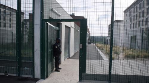 Gilet pare-lame, cellules adaptées... À la prison de Luynes, un nouveau quartier est dédié à la prise en charge de la radicalisation