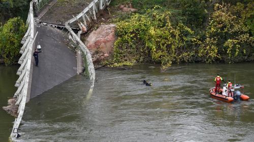 Effondrement d'un pont enHaute-Garonne: le camion pesait plus de 50 tonnes, selon le procureur