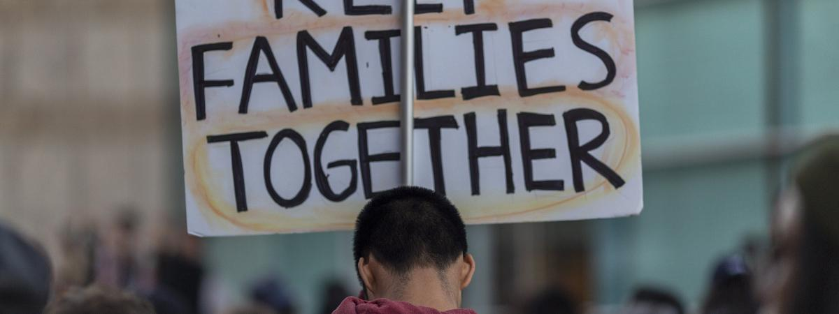 Lors d\'une manifestation contre la politique de Donald Trump sur l\'immigration, le 9 juin 2019, à Los Angeles (Etats-Unis).