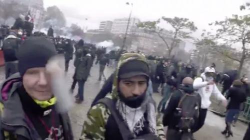 """""""Gilet jaune"""" éborgné par un projectile : que s'est-il passé lors de la manifestation de samedi à Paris ?"""