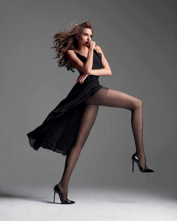 Le collant Perfect Contention deDimaméliore le retour veineux, allège et défatigue les jambes.