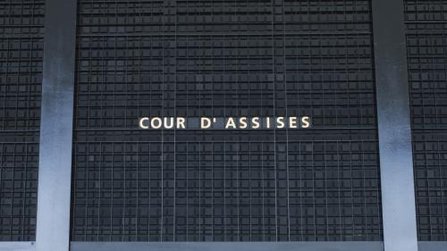 Nantes : douze ans de réclusion pour avoir traîné sa compagne accrochée à une voiture