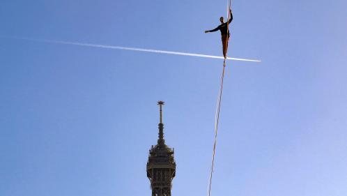 Le funambule Nathan Paulin relie deux tours de la Défense pour la 33e édition du Téléthon