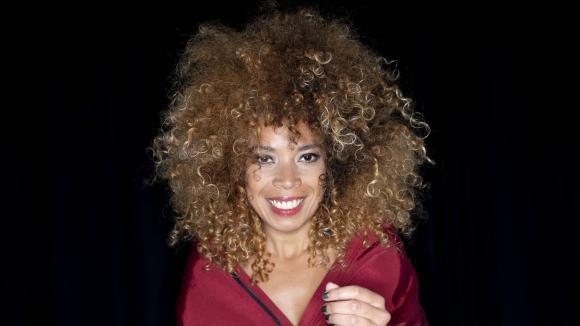 Culture d'info. La chanteuse Flavia Coelho :