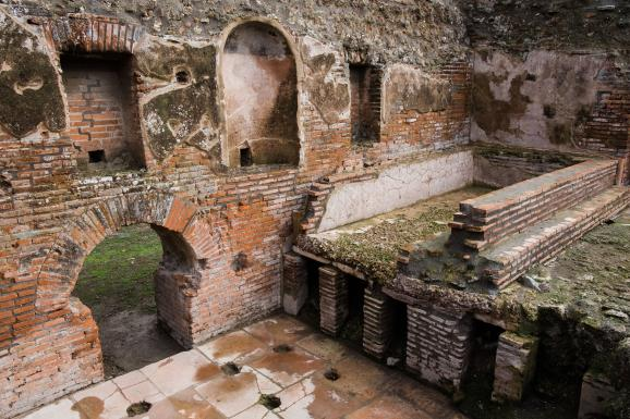Les thermes romains inspirés de ceux de Néron, désormais visitables sur le site de Pompei (Italie), le 25 novembre 2019.