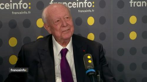"""Municipales à Marseille : Jean-Claude Gaudin appelle le dissident Bruno Gilles à """"se plier à la décision du parti"""""""