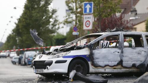 Policiers brûlés à Viry-Chatillon : des peines de 20 à 30 ans de prison requis contre les 13 accusés