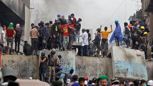 Irak : le Premier ministre annonce sa démission, après deux mois de contestation contre le pouvoir dont le bilan dépasse les 400 morts
