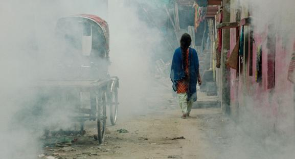 """Résultat de recherche d'images pour """"""""Made in Bangladesh"""" film photos"""""""