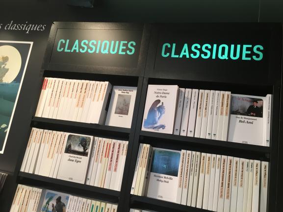 Stand de L\'école des loisirs au salon du livre et de la presse jeunesse de Montreuil, novembre 2019