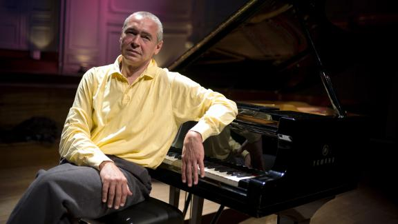 Ivo Pogorelich, l'homme qui murmurait à l'oreille du piano, livre aux Invalides un concert exceptionnel