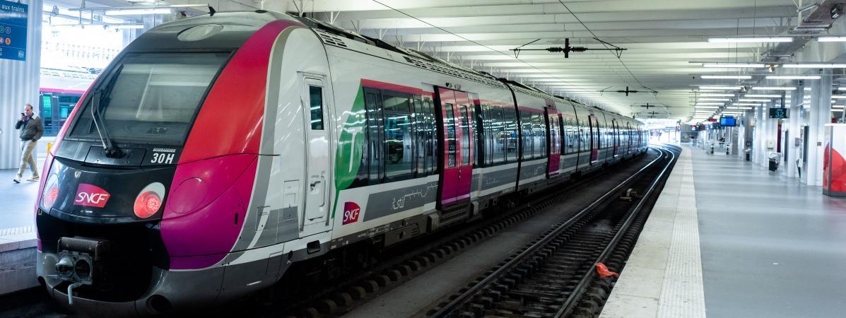 Un Transilien en gare du Nord à Paris, le 4 décembre 2019.