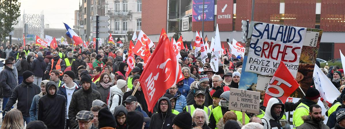 Grève du 5 décembre : plus du quart des fonctionnaires en grève, selon le gouvernement