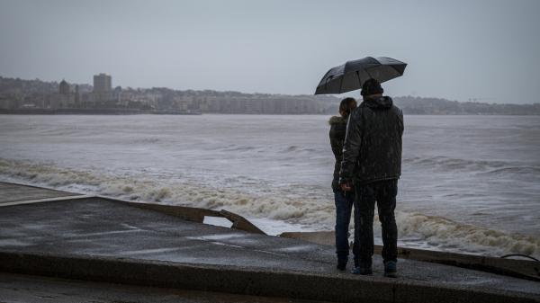 Vent, pluie et neige : un temps très agité est attendu lundi sur l'Hexagone