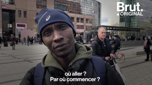 """VIDEO. """"Tout recommencer à zéro, ça n'a pas été facile"""" : Après avoir fui le Kenya, il raconte son premier jour en France"""
