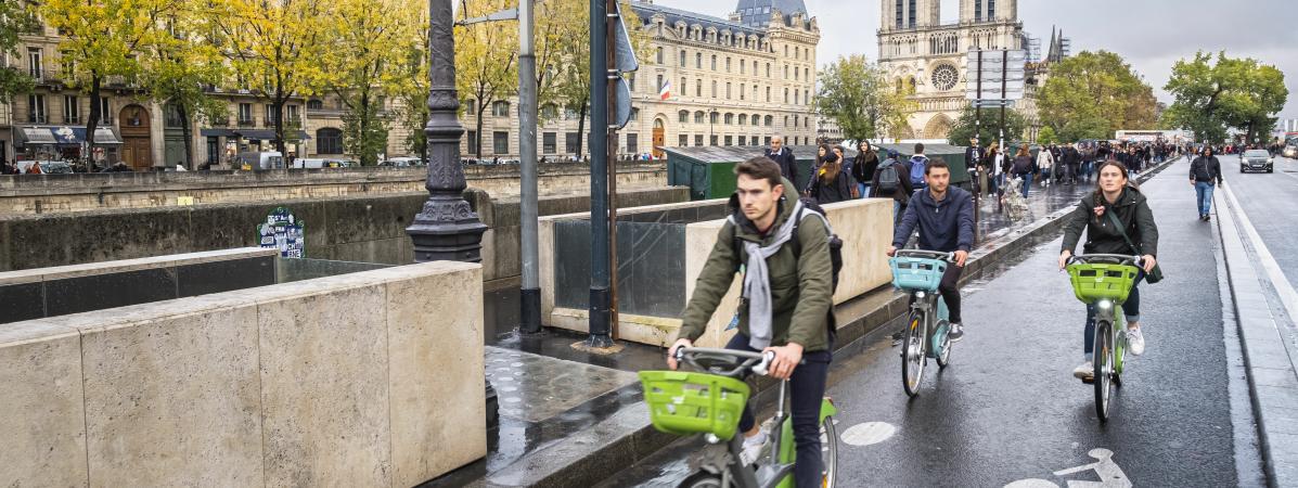 Paris en tête des grandes villes françaises faisant le plus d'efforts pour lutter contre la pollution de l'...