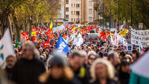"""""""Le mal est plus profond"""" : dans le cortège parisien, les manifestants ne protestaient pas que contre la réforme des retraites"""