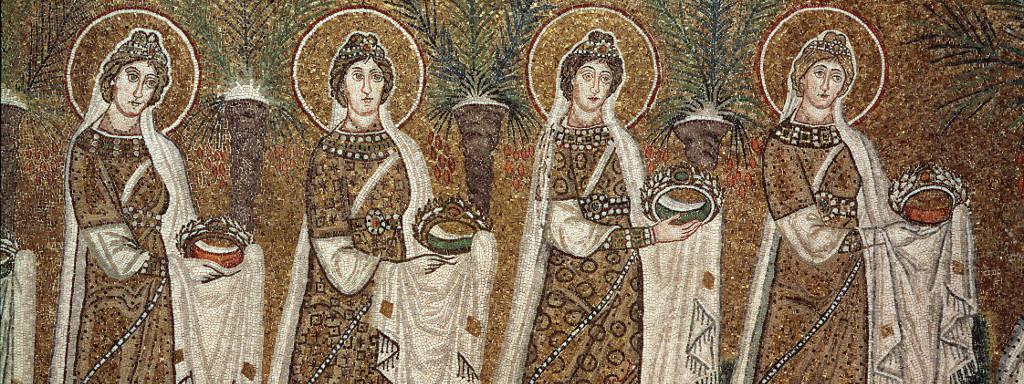 Art byzantin : la procession des vierges - detail des mosaiques laterales de la nef centrale, 6eme siecle - Basilique de Sant\'Apollinare nuovo (Saint Apollinaire le Neuf ou Basilique Saint-Apollinaire-le-Neuf) a Ravenne, Italie.