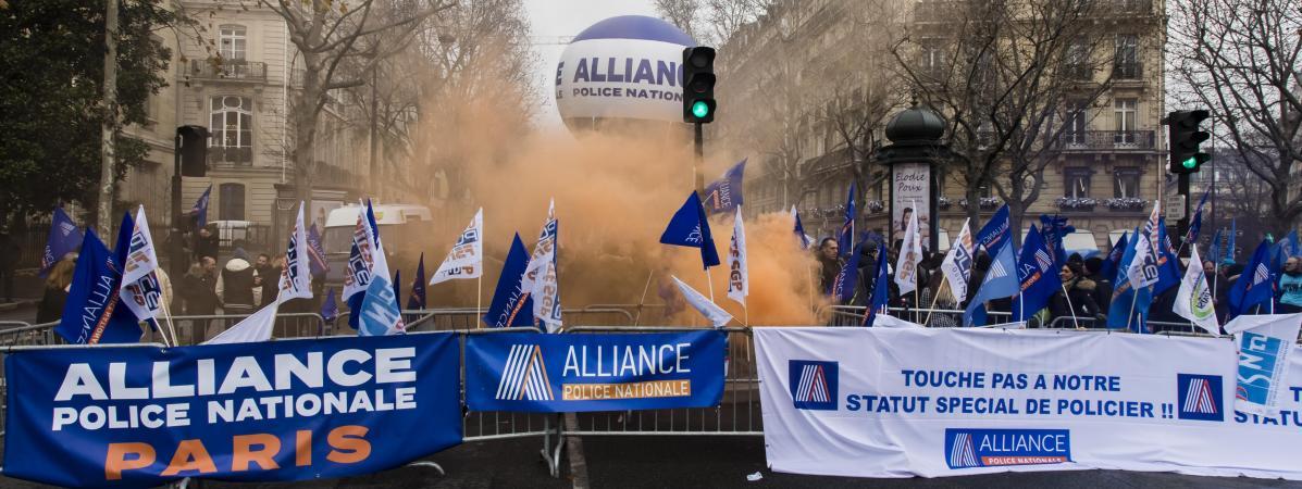Réforme des retraites : les syndicats policiers suspendent leur mouvement après une réunion au ministère de...
