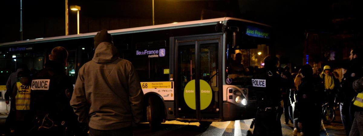 Réforme des retraites : la RATP ouvre une enquête après la diffusion d'une vidéo où des grévistes couvrent ...