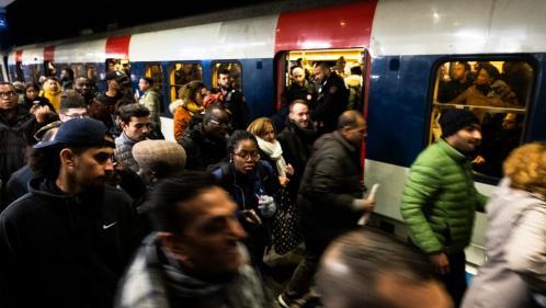 Grève contre la réforme des retraites : comment l'affluence dans les transports en commun modifie nos comportements