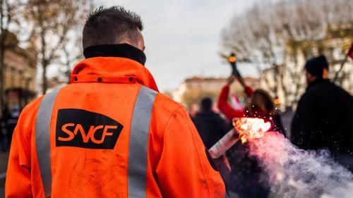 Réforme des retraites: pourquoi les annonces d'Edouard Philippe ne satisfont pas les grévistes de la SNCF et de la RATP