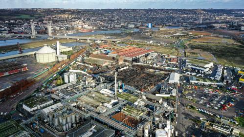 Rouen : la préfecture donne son feu vert à la réouverture partielle de l'usine Lubrizol, moins de trois mois après l'incendie