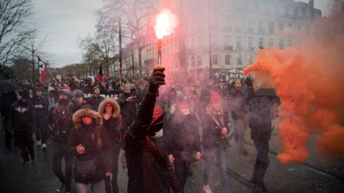 Manifestation contre la réforme des retraites : les étudiants de l'ESJ Lille relâchés après leur interpellation