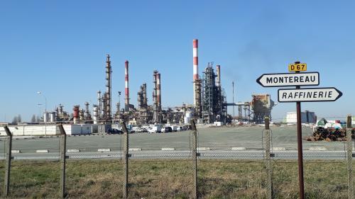 Réforme des retraites : quatre raffineries sont touchées par la grève, selon la CGT