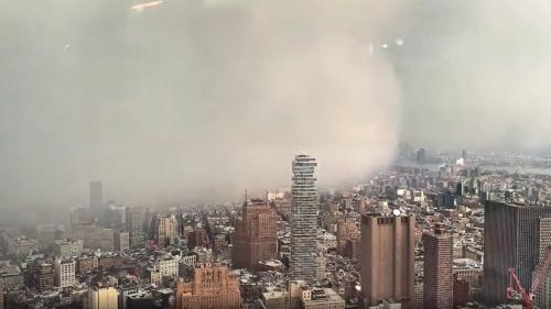 VIDEO. Etats-Unis : regardez une tempête de neige recouvrir New York depuis le haut du One World Trade Center
