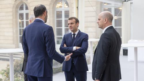 Emmanuel Macron a reçu Edouard Philippe et Jean-Michel Blanquer pour faire le point sur les mouvements sociaux