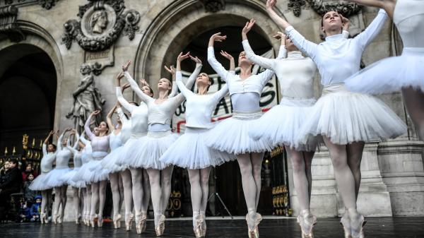 """Réforme des retraites à l'Opéra de Paris: """"La clause du grand-père n'est pas une solution pérenne"""", juge un danseur"""