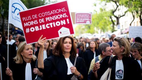 """""""Nos caisses sont autonomes et pérennes"""": pourquoi les professions libérales font grève contre la réforme des retraites"""