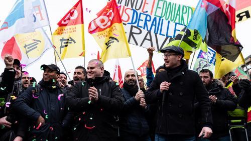 Réforme des retraites : plus d'un mois après le début des grèves, les six points de friction entre gouvernement et syndicats restent les mêmes