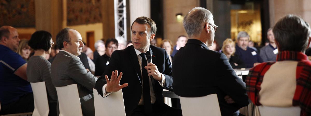 Référendum, taxe carbone, mécanisme de suivi, CETA... Quatre choses à retenir de l'intervention d'Emmanuel ...